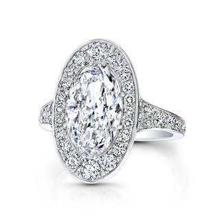 Grand Oval Diamond Ring