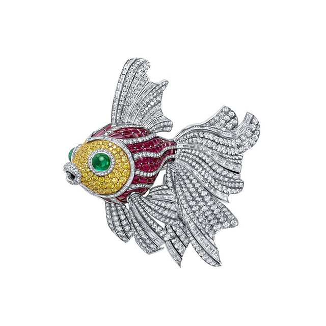 Swimming Fish Pin