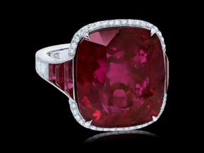 Grand Vivid Red Ruby Ring