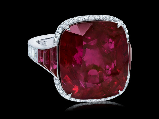Grand Vivid Red Ruby Ring