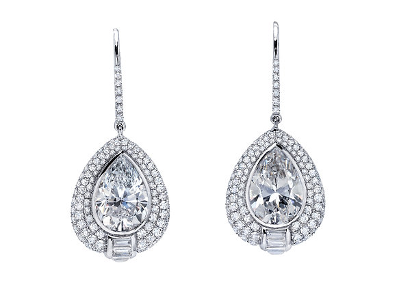 Microset Pear Shaped White Diamonds Drops