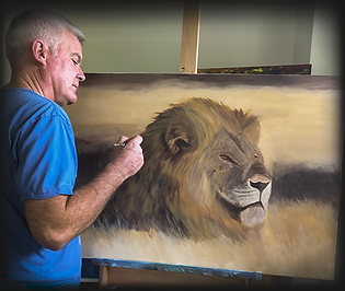 Steve Tame Artist painting a lion