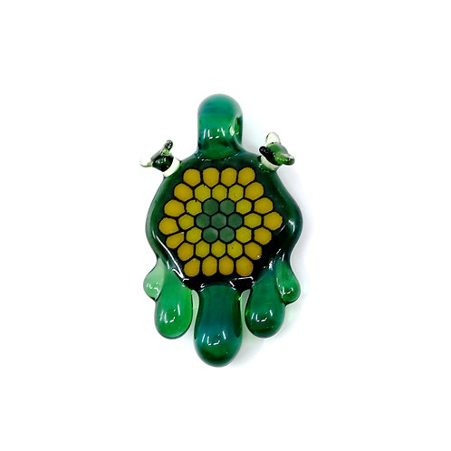 Joep green honey pendant