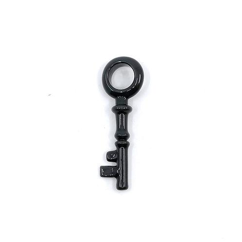 Snikbarnes key pendant