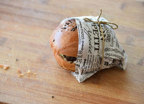 נייר עיתון מודפס ״ בון א-פטיט״