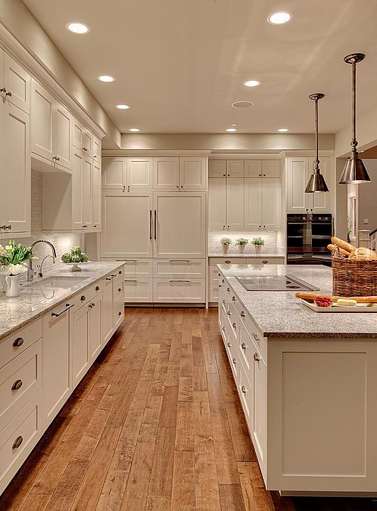 Studio 212 Maple floor kitchen