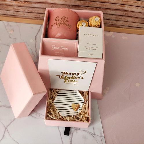 Valentine Pyramid Box