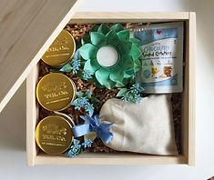 'Hello, World!' Baby Announcement Box