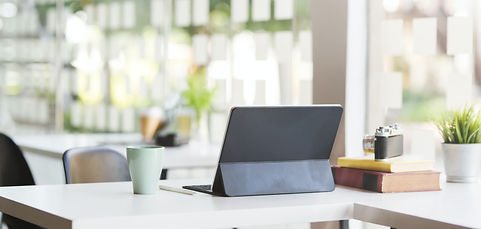 P4.1 Events_en-tête_black-laptop-compute