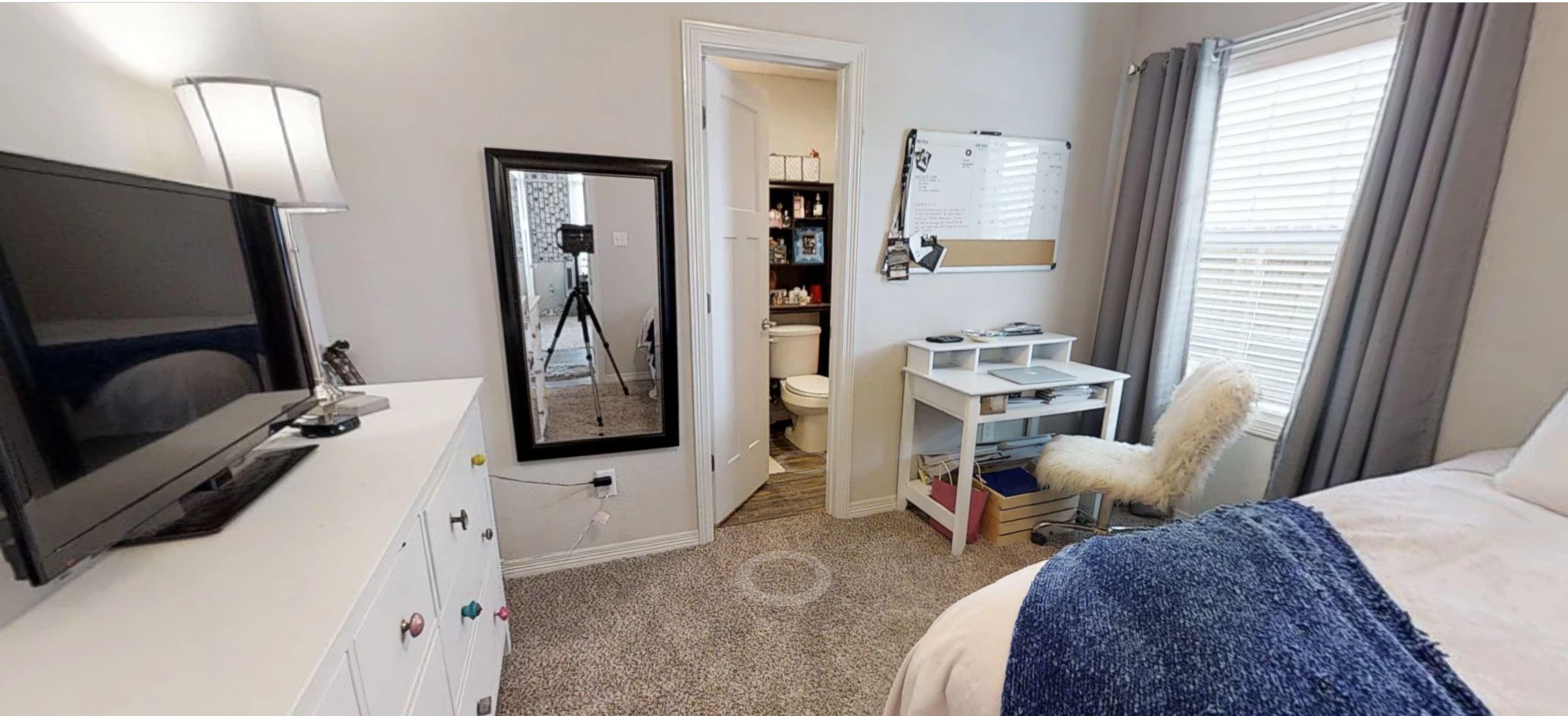 Nimitz Room2