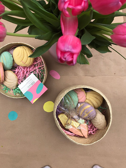Easter Brunch Gift Oaxaca Basket and Flower Bouquet