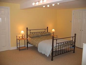 Garden Flat bedroom with walk in wardrobe