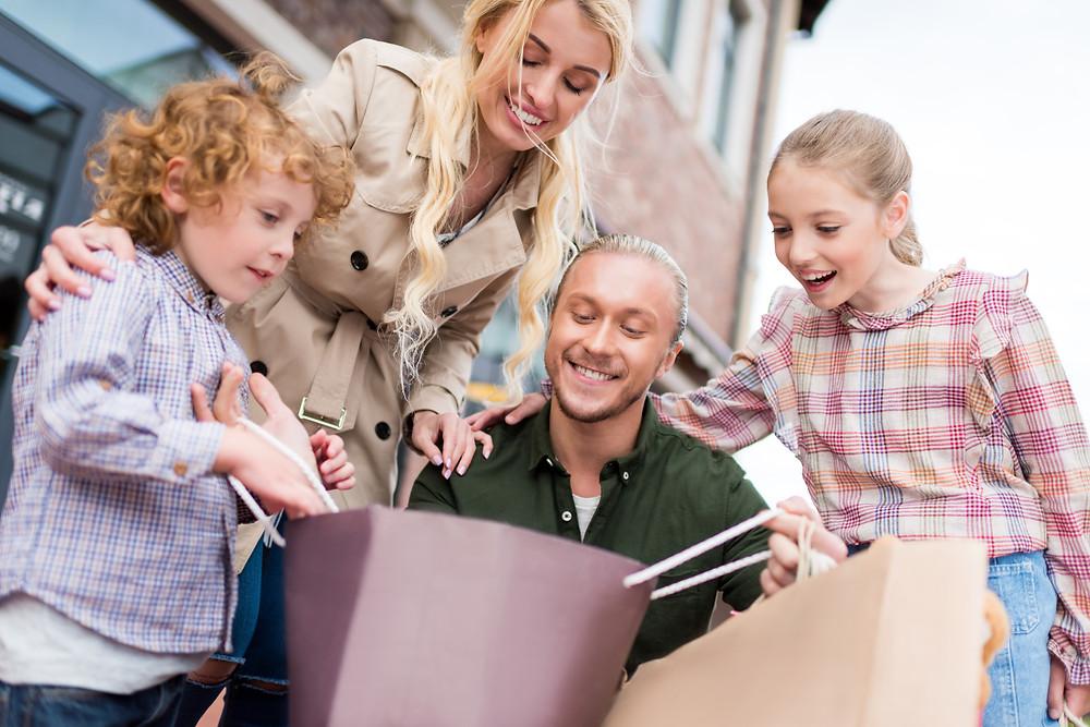 Children, Money, Buying goods