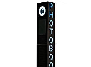 Black-Tower-Photo-Booth.jpg