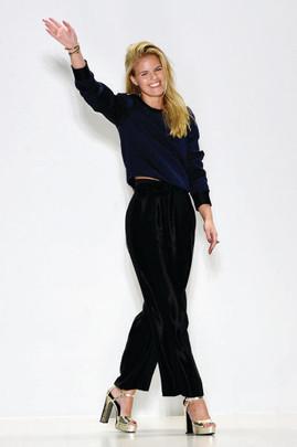 Fashion Designer, Georgine Ratelband - EB-1A Green Card Extraordinary Ability in the Arts