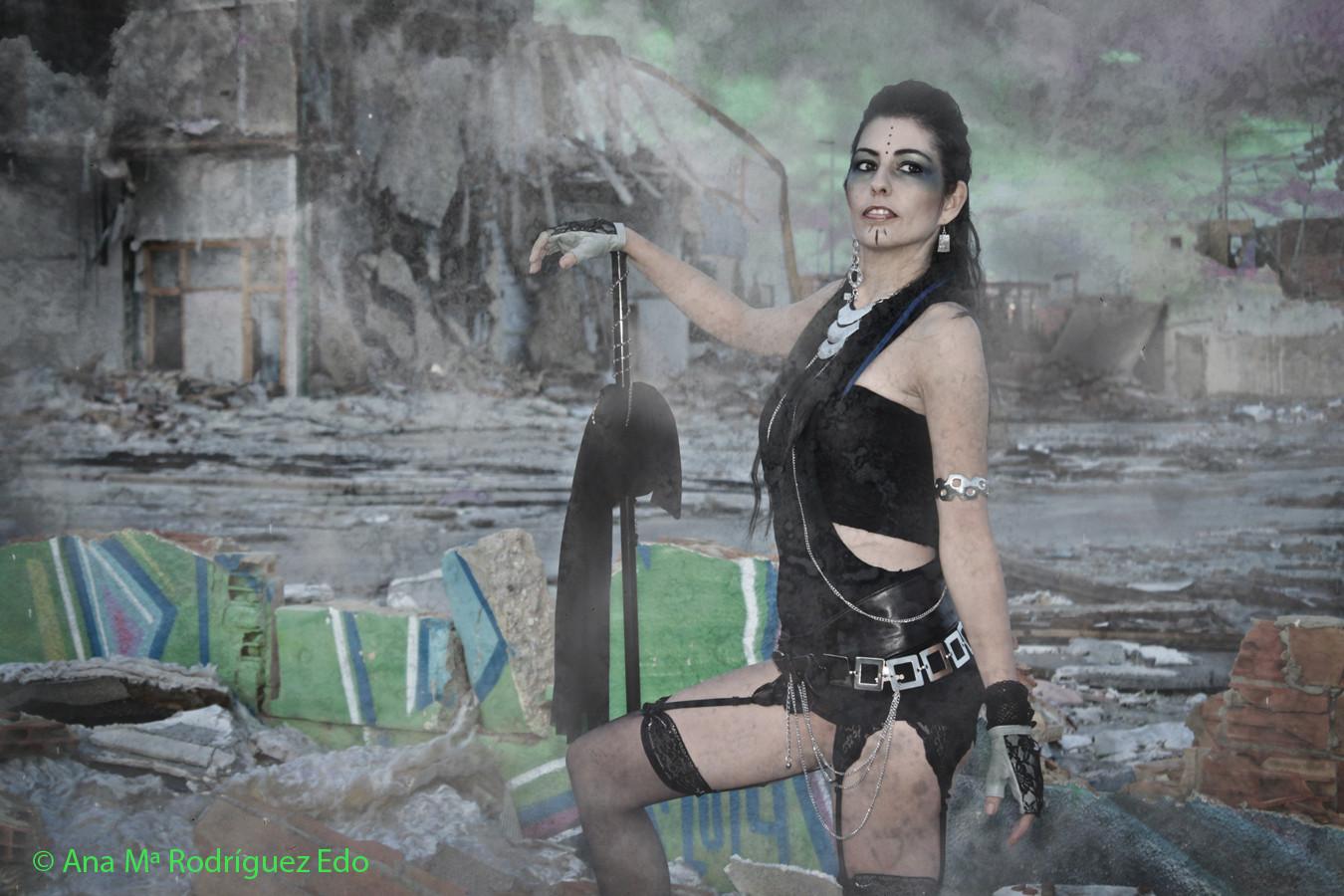 Modelo: Alexandra Folch Maquillaje: carmen Guerrero Peluquería: Isabel Moreno Estilismo: Lorena Argüello