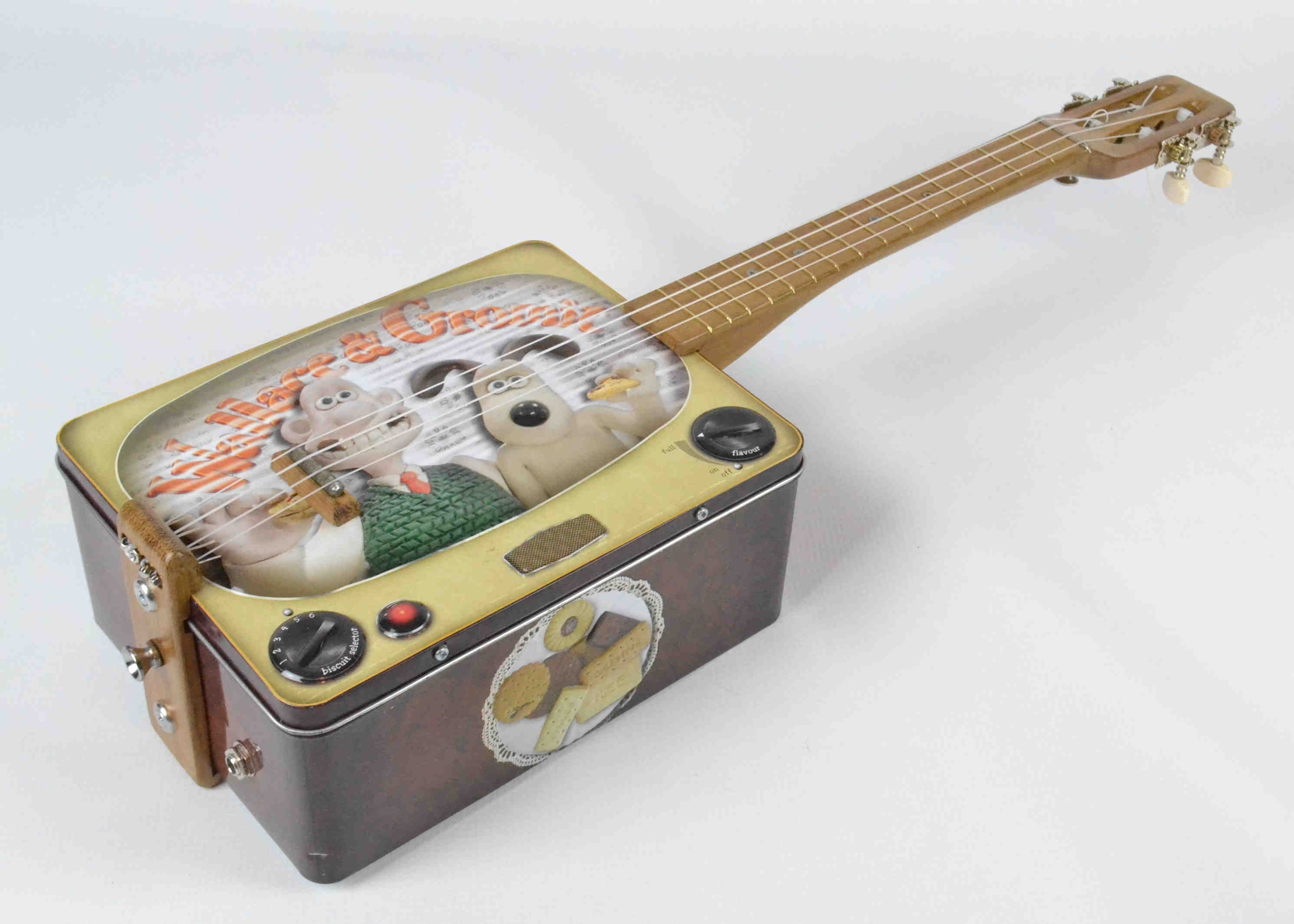 Wallace & Grommit Tin Ukulele