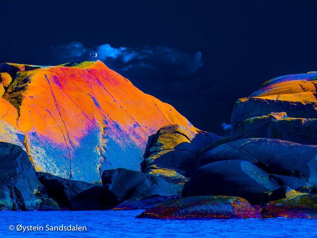 Rocks by the Seaside 04