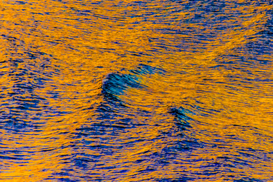 Yellow Patterns in the Sea 1