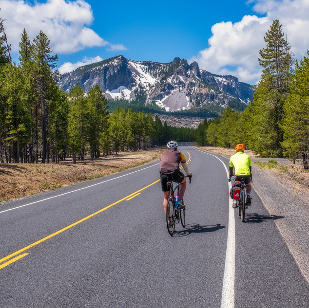 Cycling towards Paulina Peak.jpg