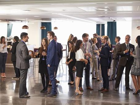 Combinação perfeita: aprenda a fazer networking em eventos em 5 passos infalíveis