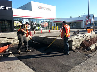 Patching asphalt