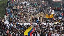 DAKC NEWS: Vías cerradas por las marchas ¡Evite trancones hoy