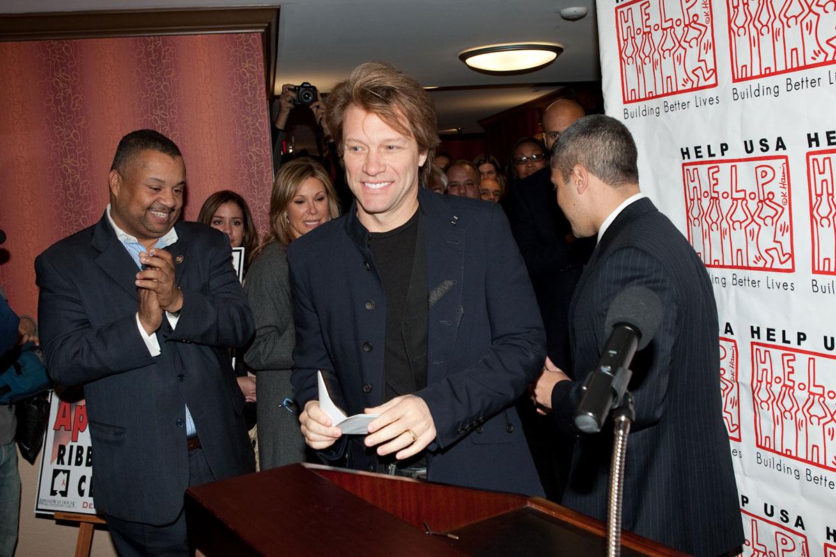 Help USA Bon Jovi
