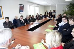 table_ronde_avec_la_préfecture_et_les_ets_signataires.