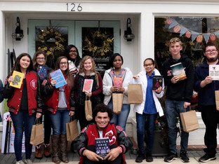CHS Literary Society takes trip to The Bookshelf