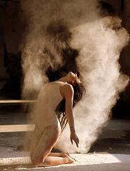 dancer-1284201.jpg