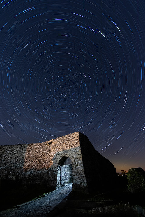 Star Trails - Vale Castle