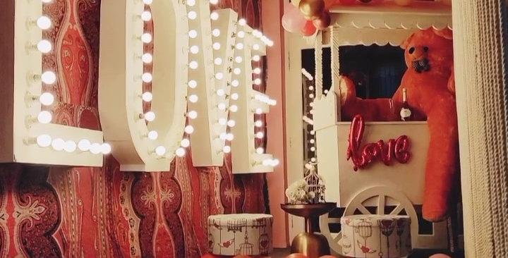 LOVE lights backdrop & Cart