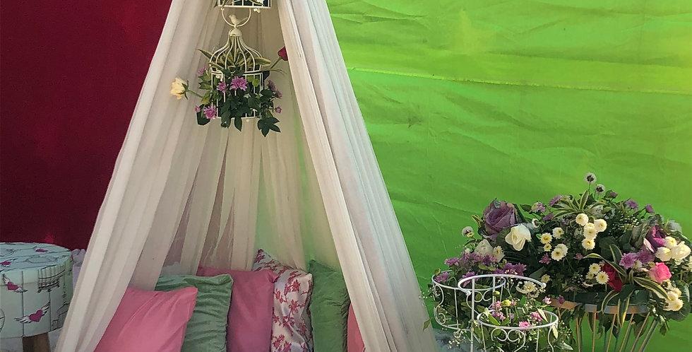Romantic Daytime Tent SetUp