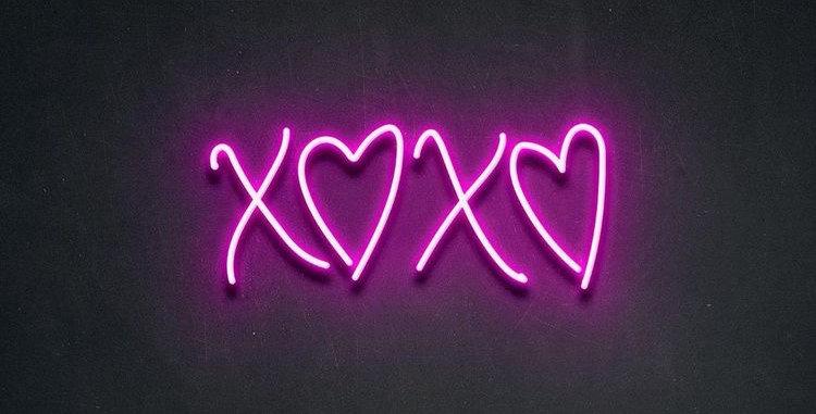 XOXO Neon Light Sign