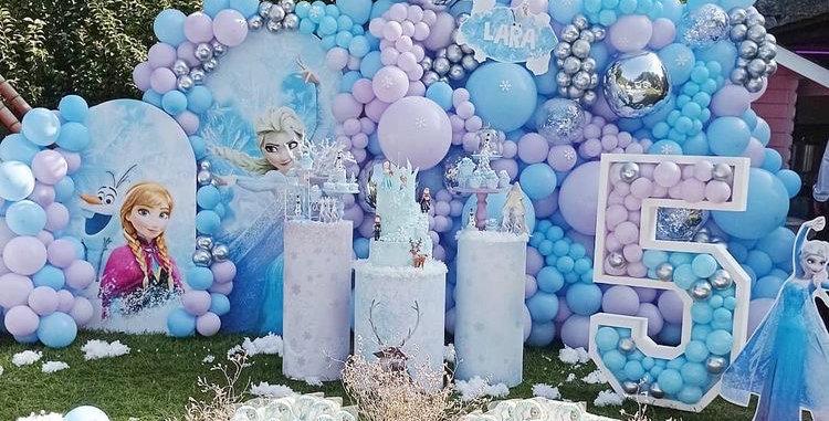 Elsa Theme Party Cake Wall