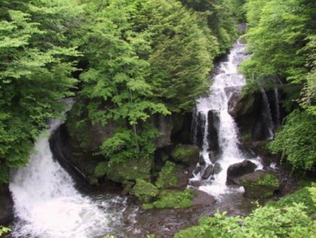 栃木県、日光市「滝めぐり」で抑えておきたい奥日光名瀑