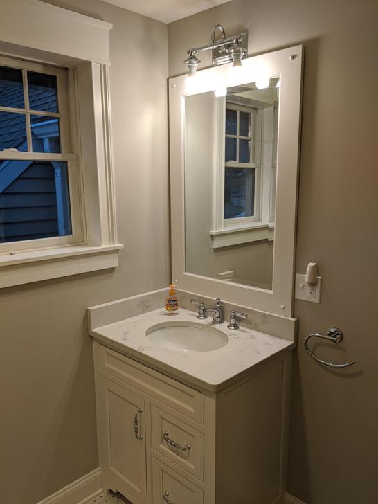 Upstairs Guest Bath - Stonington.jpg