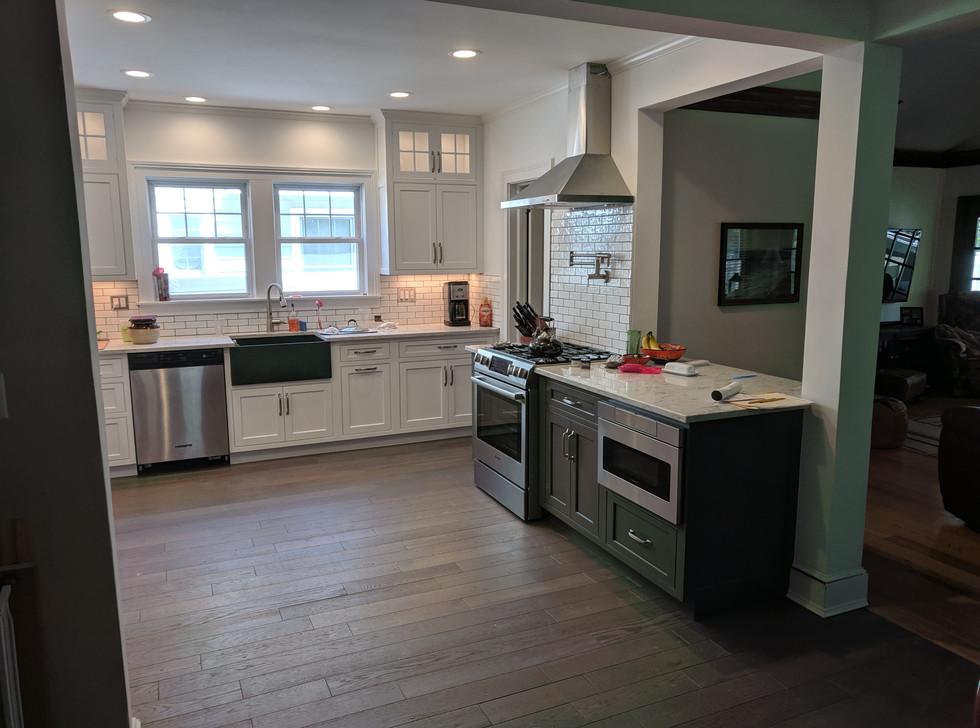 Decorator's White Kitchen