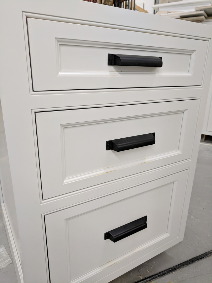 Drawer handles