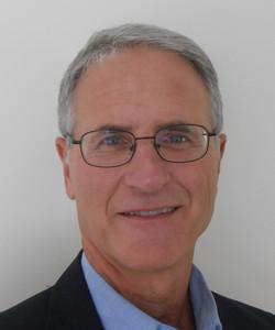Author Michael Tougias hires headshot 5