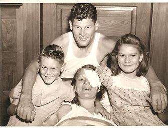Raymond Downs Family 1943