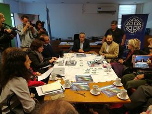 MESA DE PRENSA de #ProyectoNOEMI y Autoridades de la Universidad del Comahue