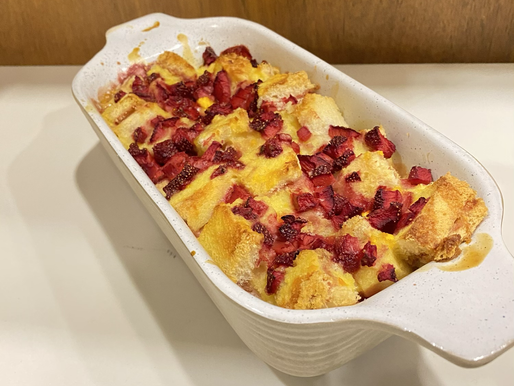 Strawberry bread butter pudding🍓