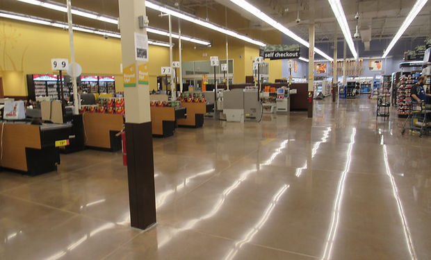 Kroger Leavenworth floor polishing.JPG