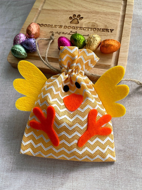 Easter Gift Pouch & Mini Eggs (Chick)