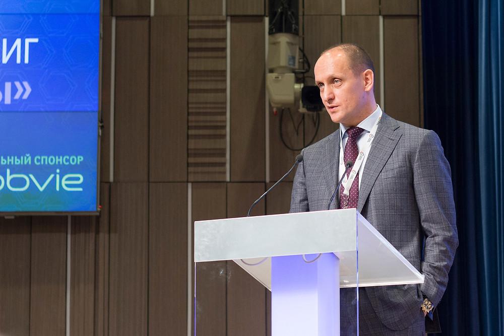 Президент клуба, проф. Хатьков И. Е.