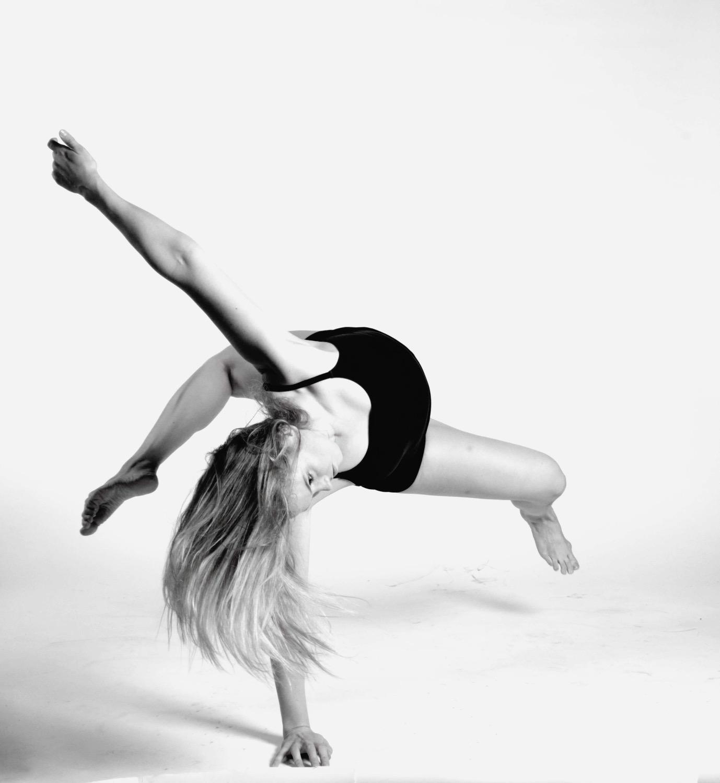 Anna dance 5_edited