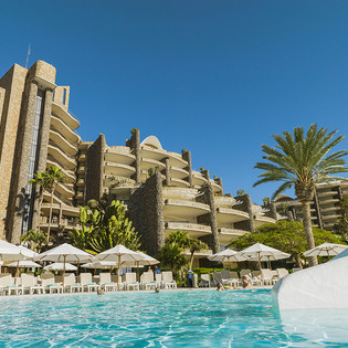 Anfi Beach Club pool.jpg