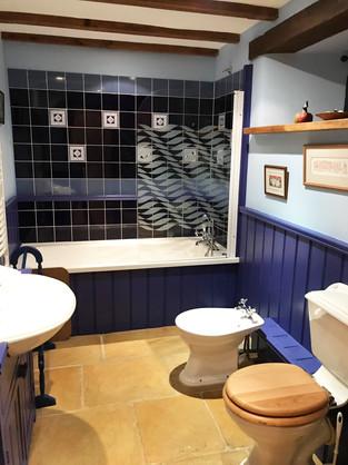 Owl's Roost bathroom.jpg